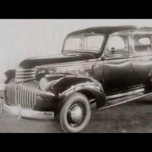Classic cars still being made today - Chevrolet Suburban