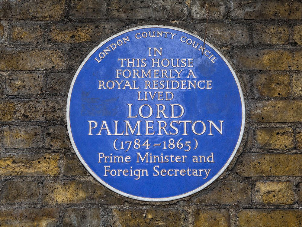 London attractions - blue plaques