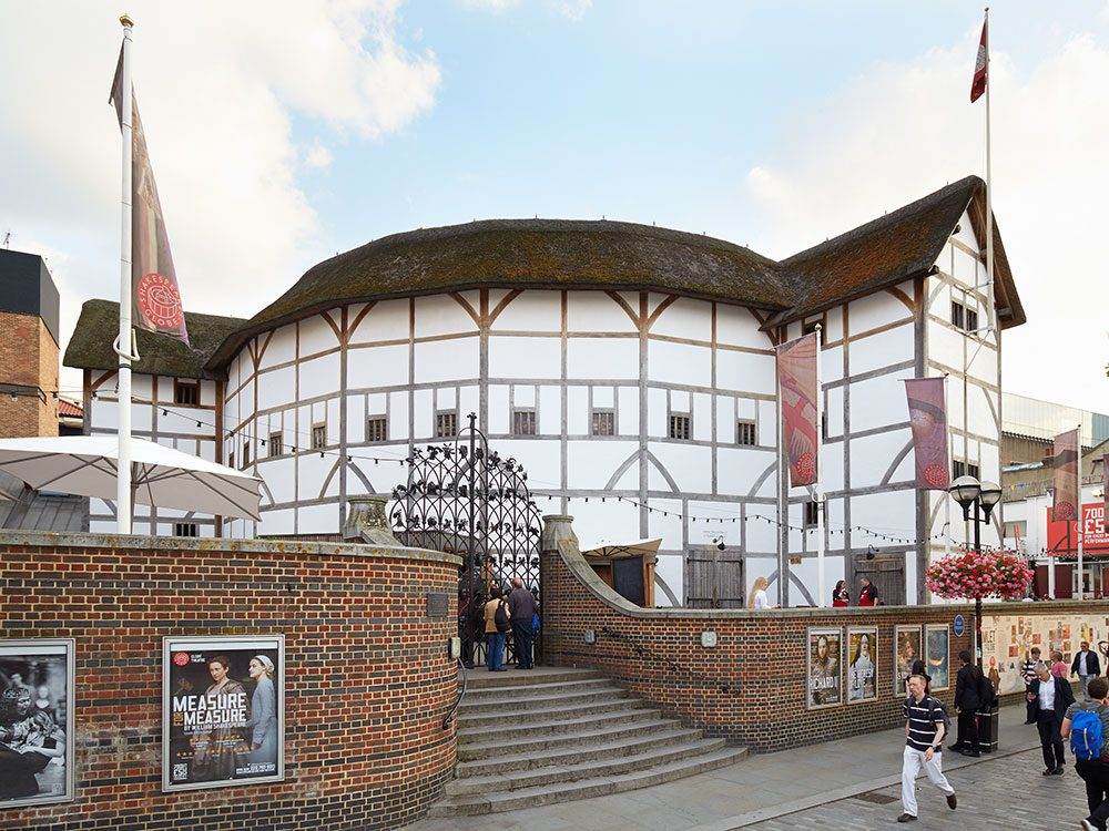 London attractions - Globe Theatre