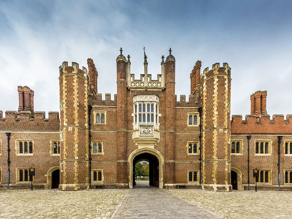 London attractions - Hampton Court Palace