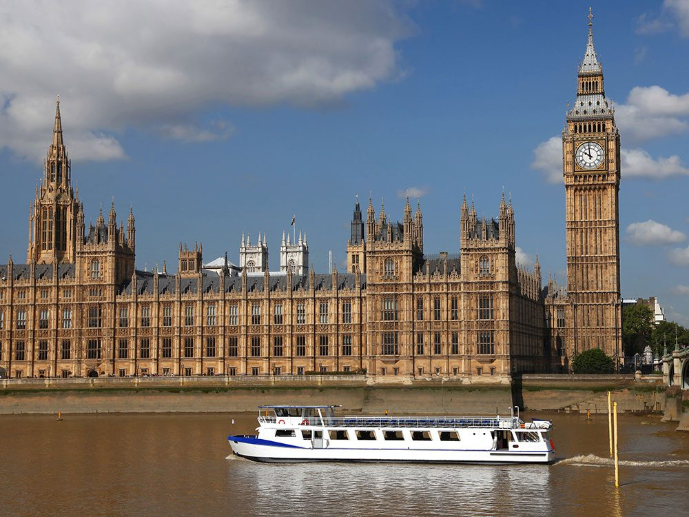 London attractions - Thames boat cruises