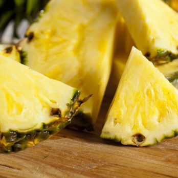 This Is How to Eat a Pineapple the Correct Way