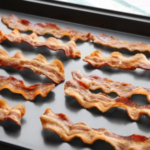 7 Mistakes Everybody Makes When Cooking Bacon