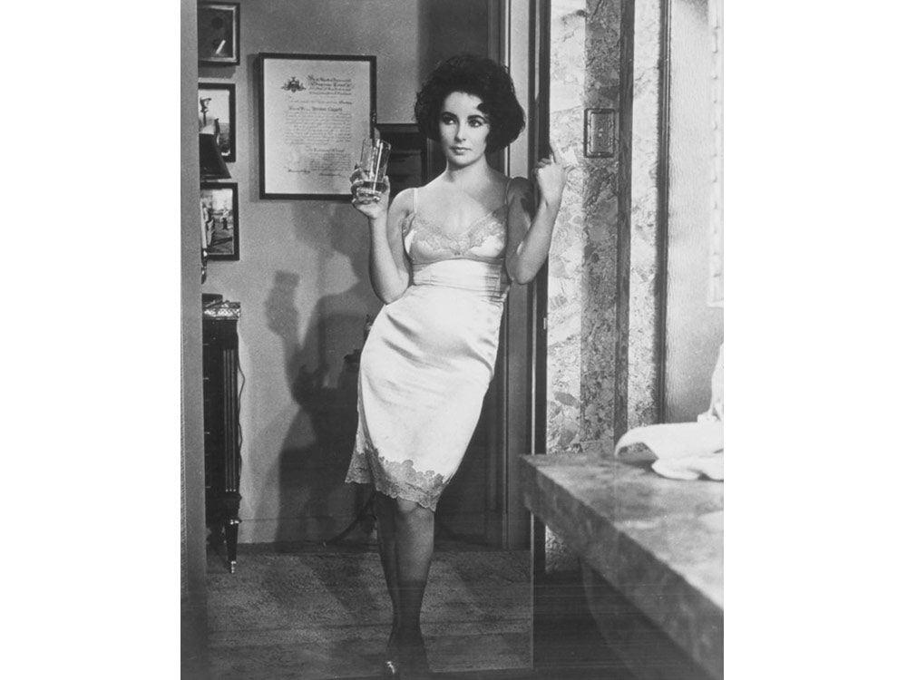 Elizabeth Taylor in lingerie