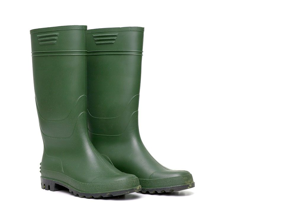 World's dumbest criminals - rubber boots
