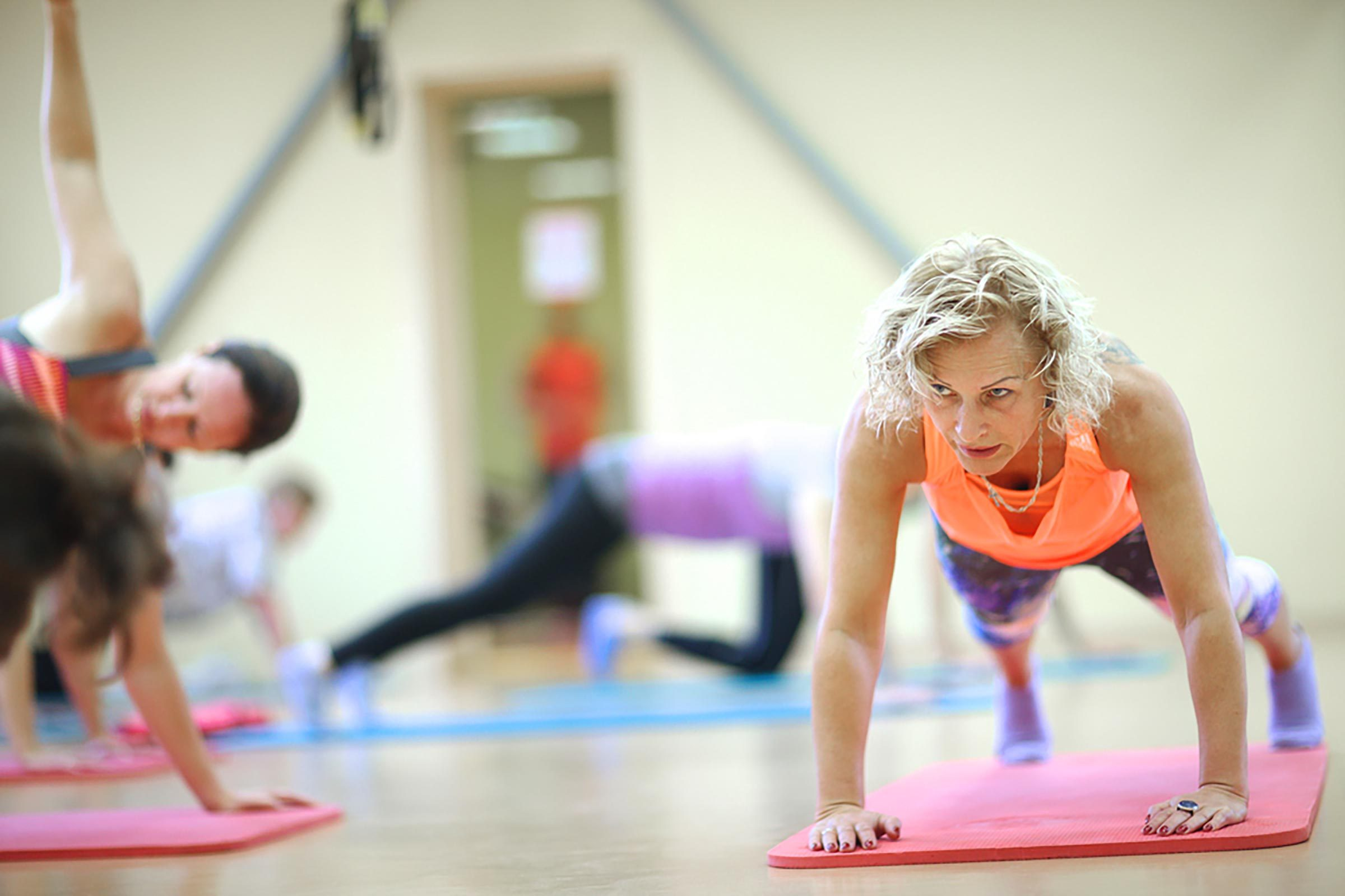womenexercising