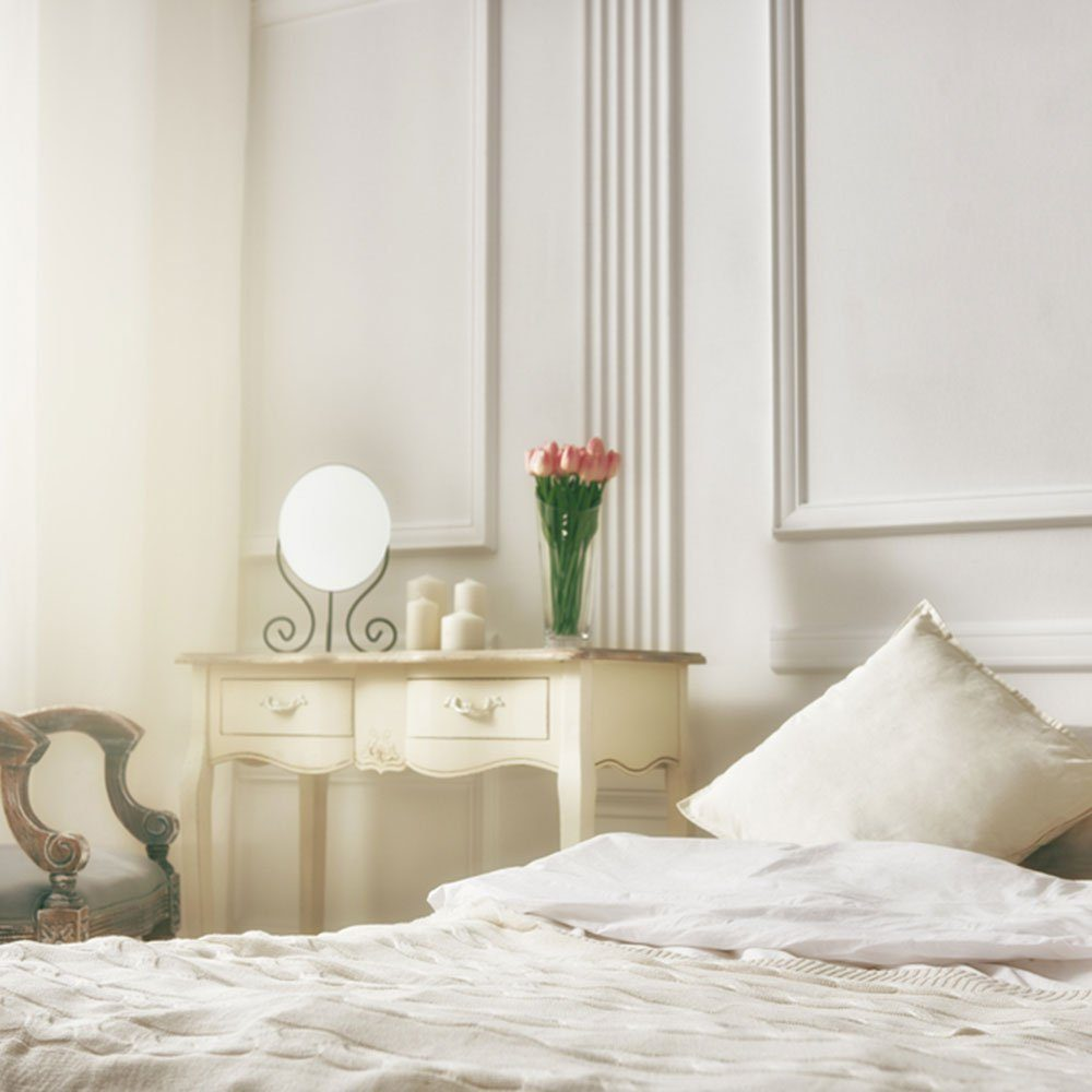 Small Room Ideas: Choose a Light Color Scheme