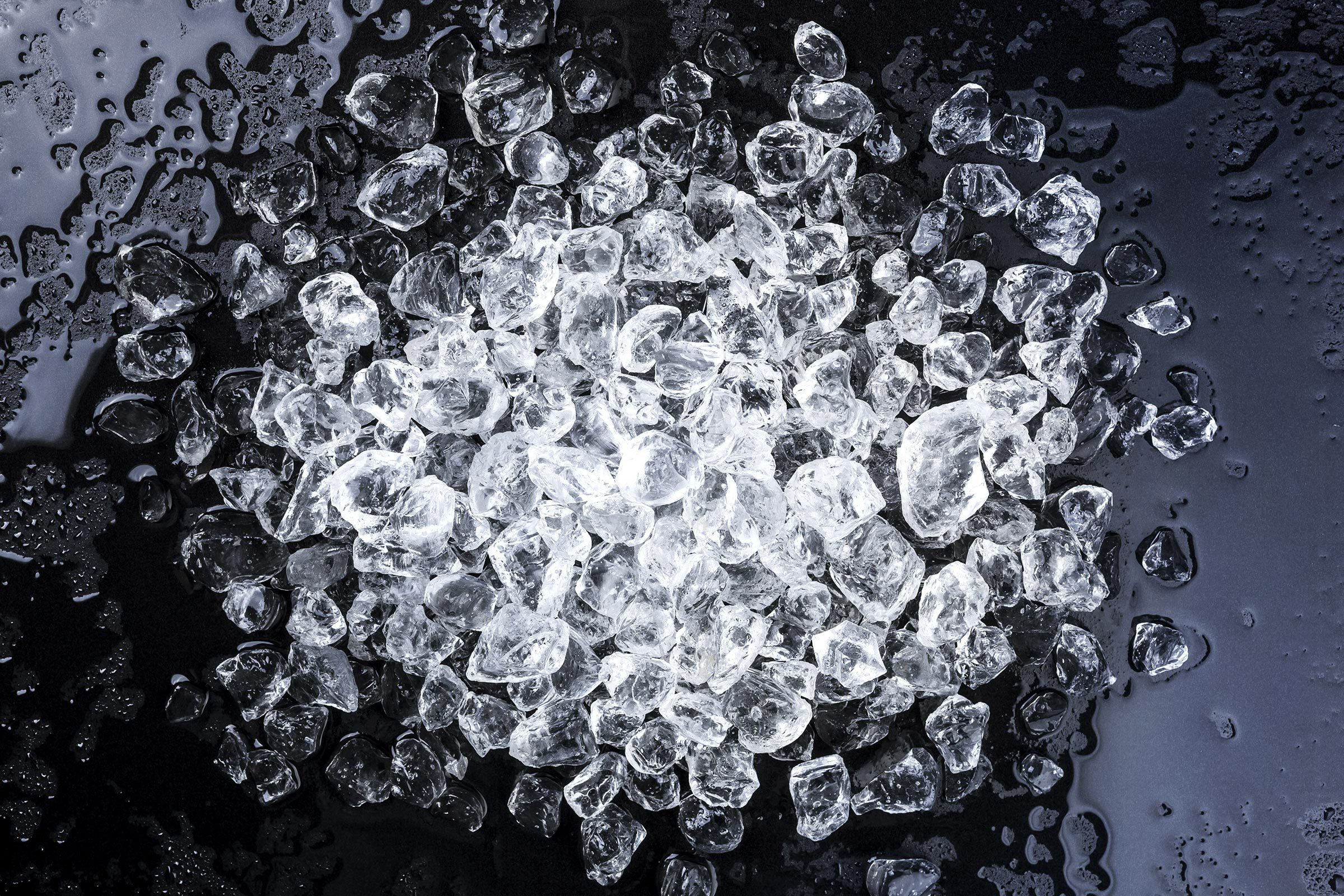 crushed ice cubes