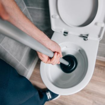 5 Ways You Can Unclog a Toilet Bowl Without a Plunger