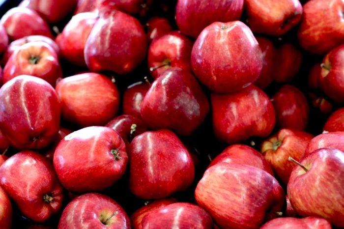 Red Washington apple at the farmer market, fresh and juicy