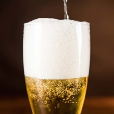 pour beer