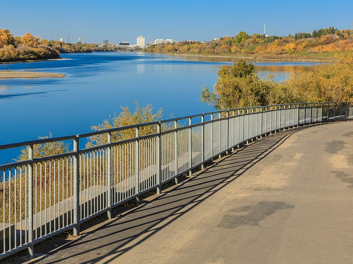 Best hikes in Canada - Meewasin Trail Saskatoon