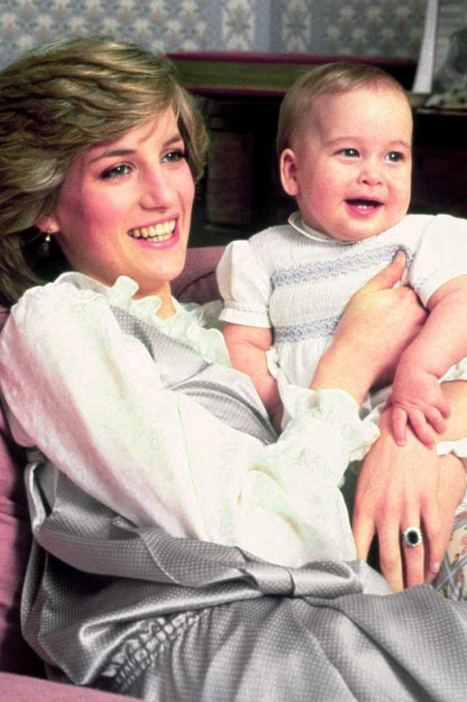 PRINCE CHARLES AND PRINCESS DIANA WITH PRINCE WILLIAM - 1983