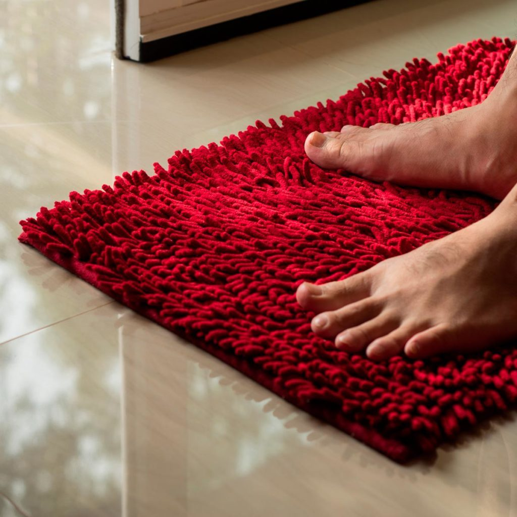 Red bathmat