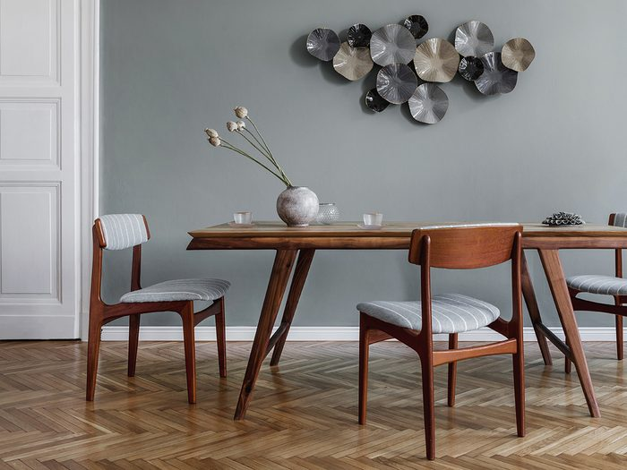 What to do with old corks - dining chairs on a wood floor