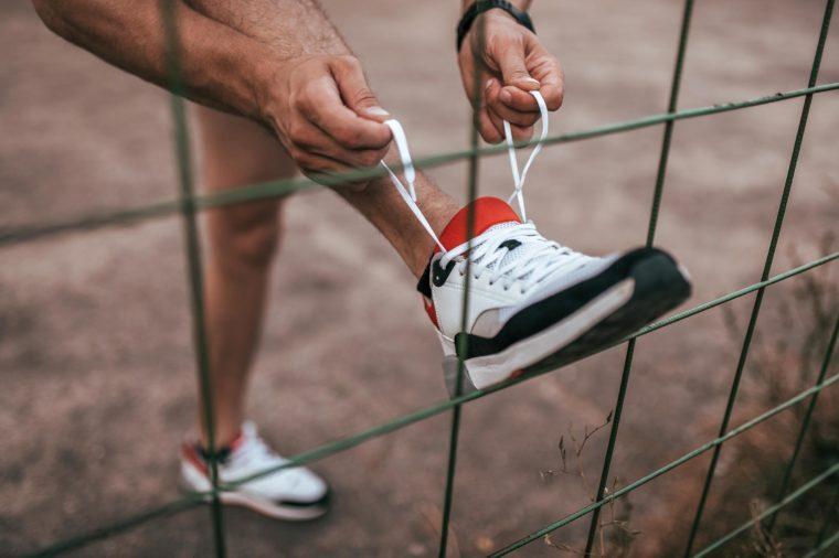 tie shoe run