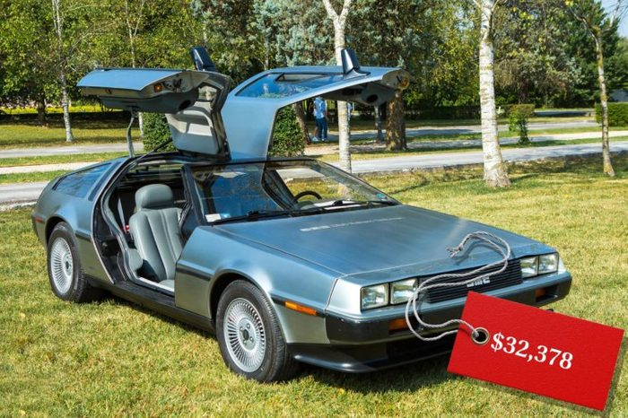 07_1981-DeLorean-DMC-12