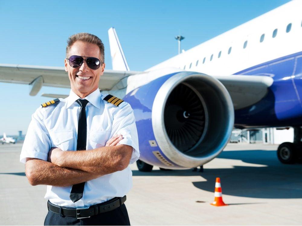 funny tweet pilot plane
