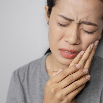 These Are the Signs of Oral Cancer You Should Never Ignore