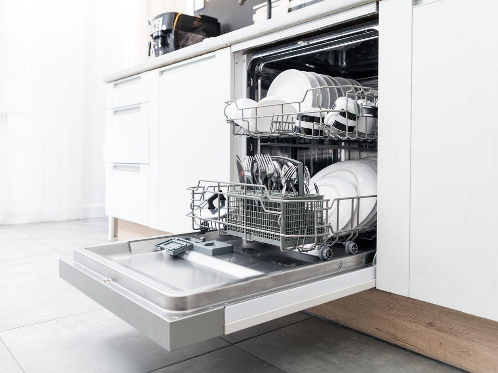 kitchen appliance mistakes dishwasher