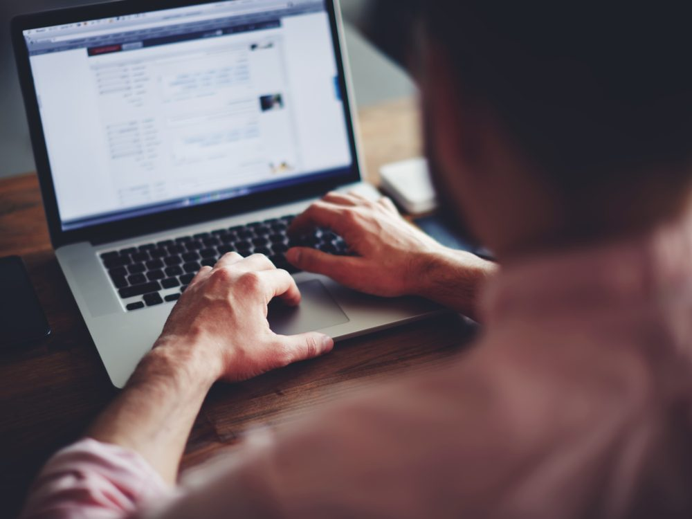 technology tweets laptop