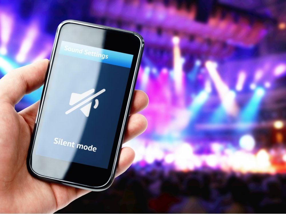 technology tweets phone silent
