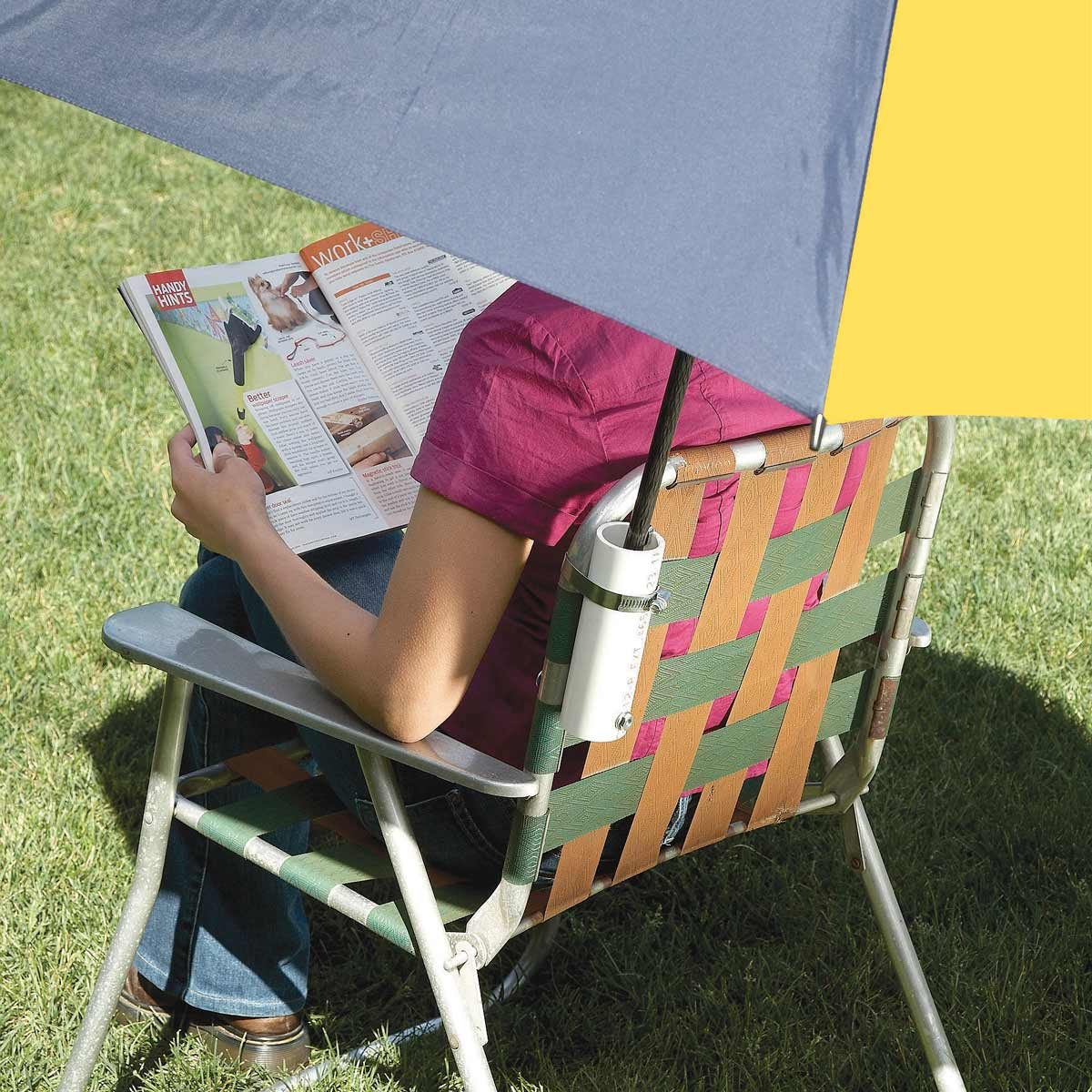 Lawn chair umbrella holder