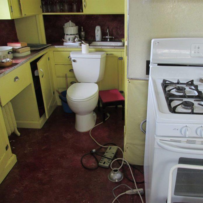 Bathroom Design Fails That'll Make You Do a Double Take