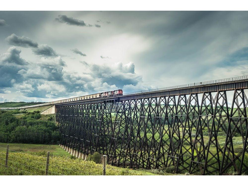 Battle river train