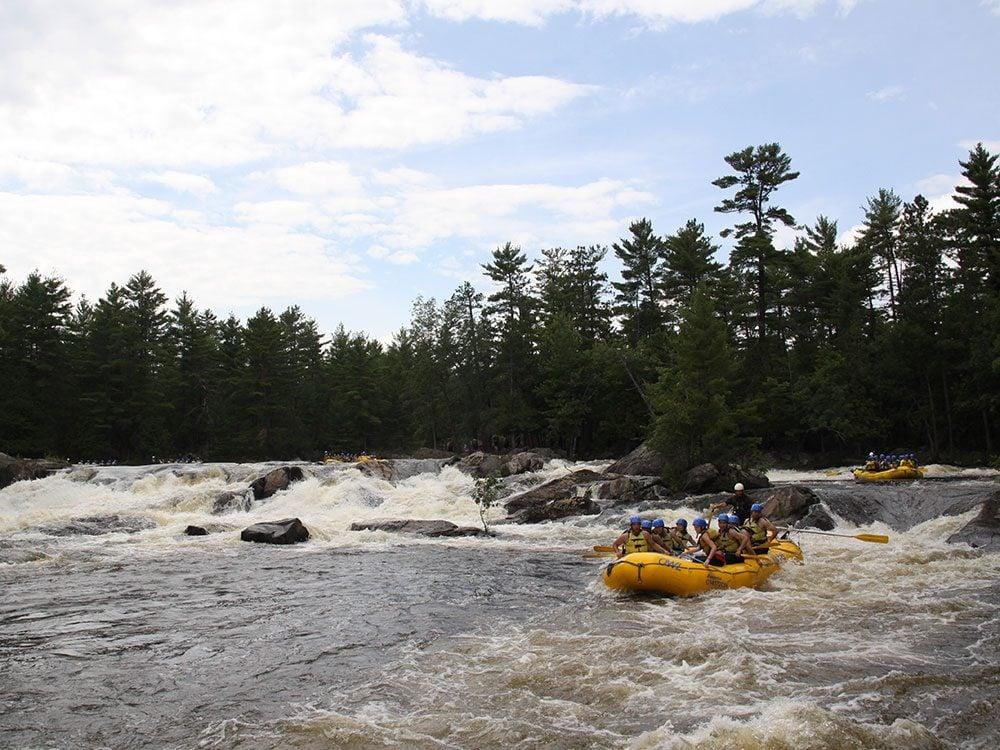 Day trips from Ottawa - Beachburg rafting Ottawa River