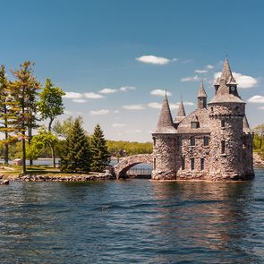 Day trips from Ottawa - Boldt Castle, Thousand Islands, Gananoque