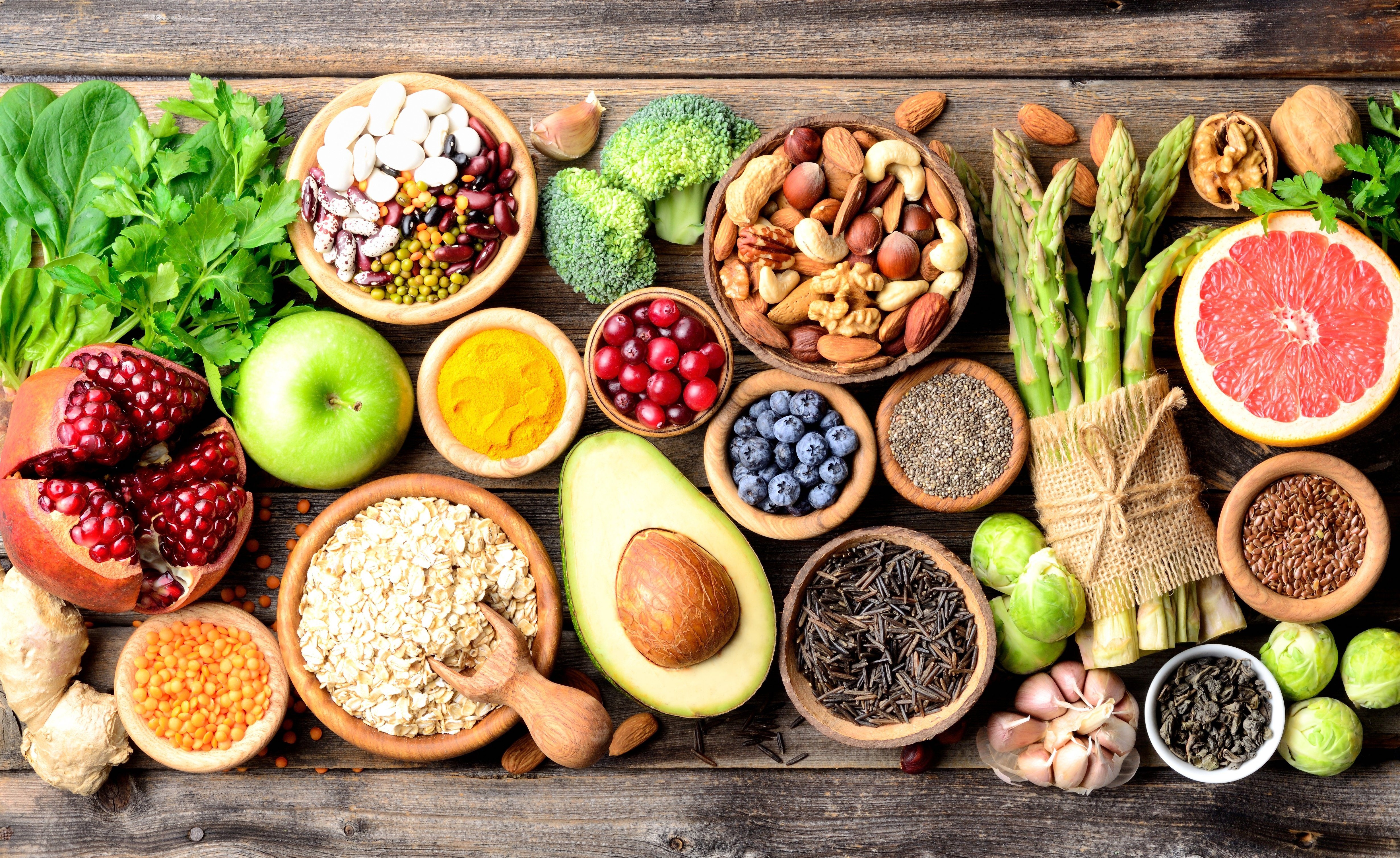The Superfoods Nutritionists Eat Every Fall