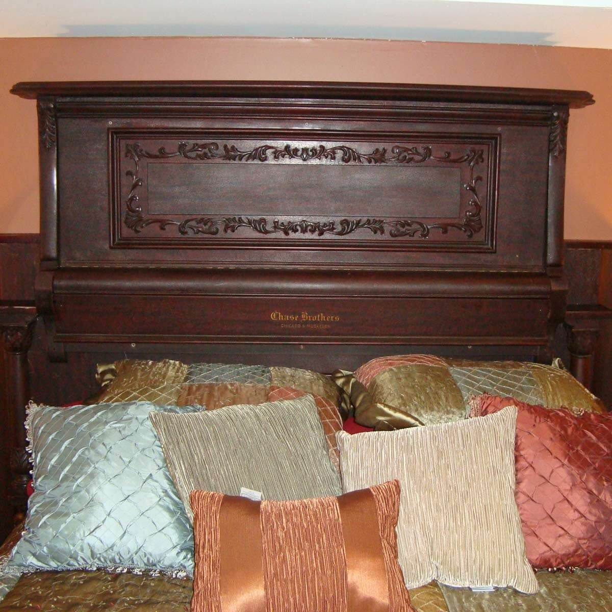 finished-headboard-003 piano