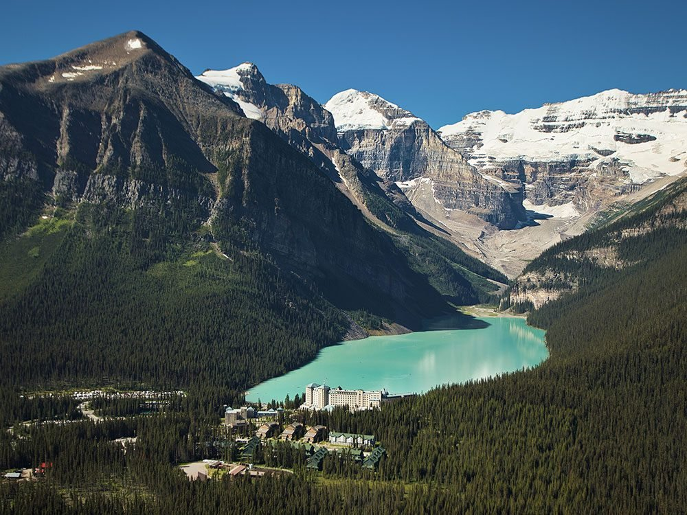 Canadian Hotels - Fairmont Chateau Lake Louise