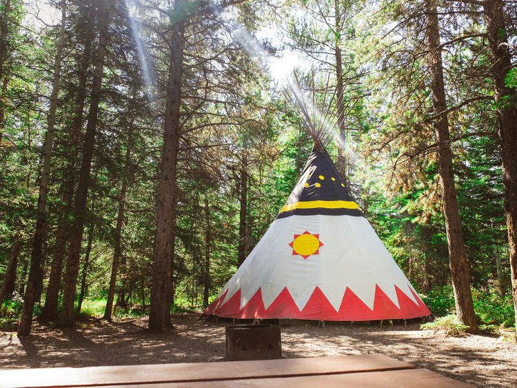 Quirky hotels across Canada - Sundance Lodges