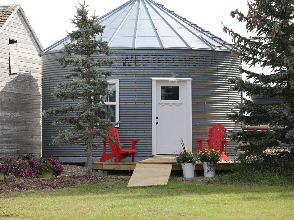 Quirky hotels across Canada - Alive Sky Lodge converted grain bin