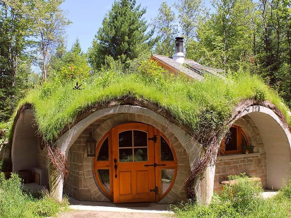 Quirky hotels across Canada - Le Hobbit