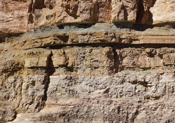 science quiz questions - Detail, geological layers of sedimentary rock, exposed along the highway, Salt River Canyon, Arizona