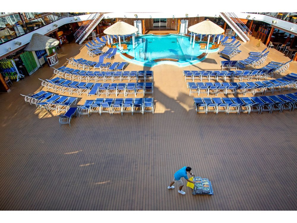 set sail pool