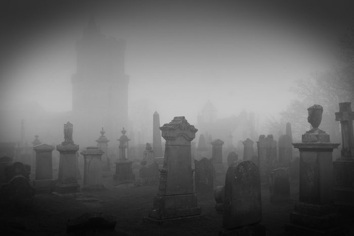 10 True Ghost Stories from the Most Haunted Places in the World