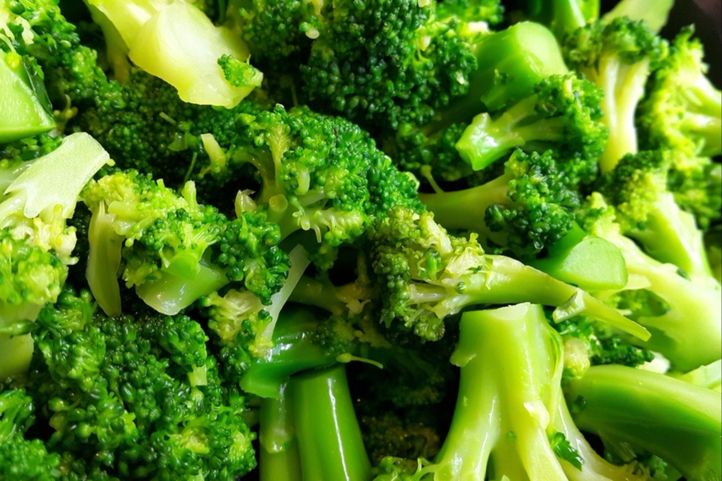 Pan-fried broccoli