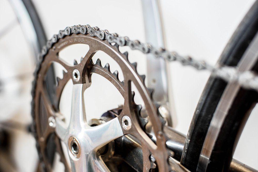 bicycle chain and crank set on road bike