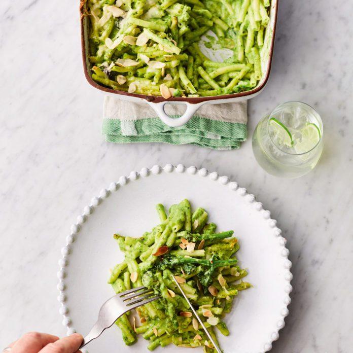 Jamie Oliver's Greens Mac 'N' Cheese
