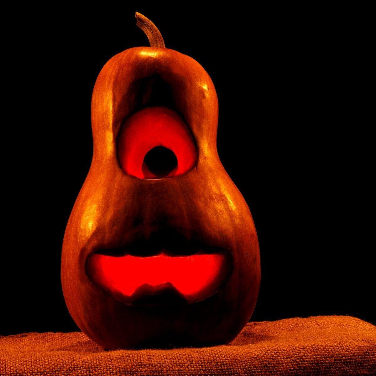 Minion pumpking carving