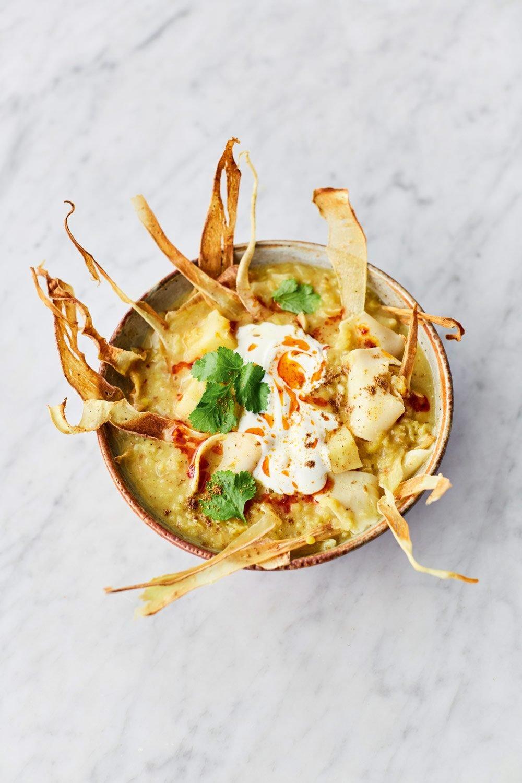 Jamie Oliver's spiced parsnip soup