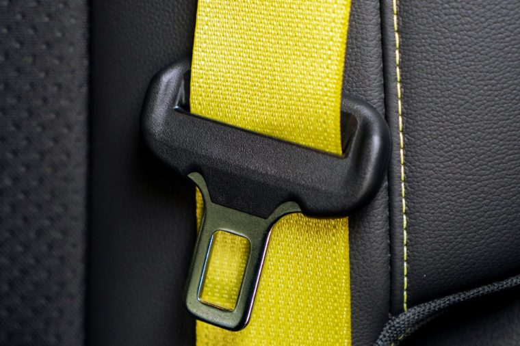 Driving with unfastened seat belt