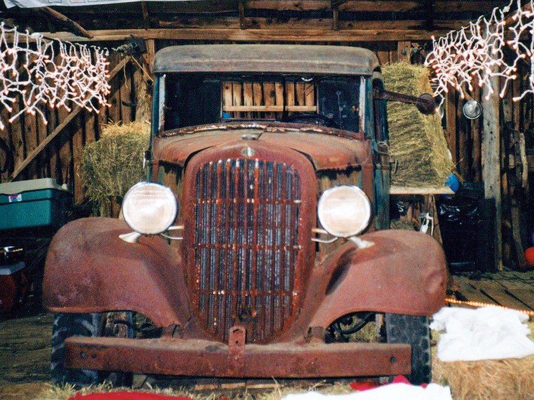 1935 Maple Leaf