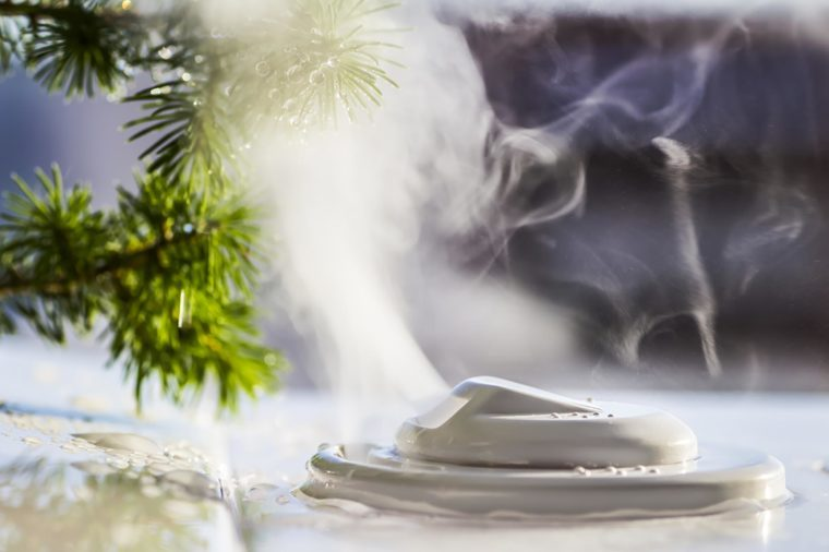 humidifier emitting steam