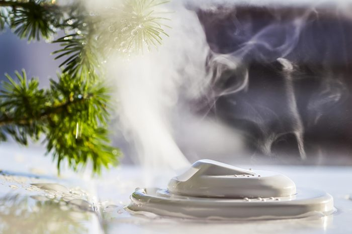 humidifier emitting steam