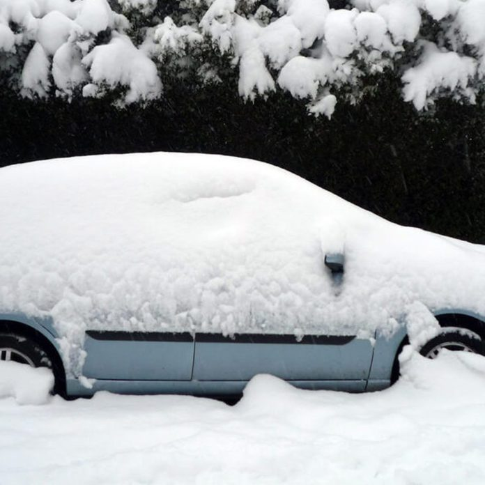9 Things You'll Regret Leaving in Your Car This Winter